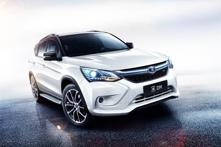 """同比增长303% 比亚迪是汽车市场最亮的""""星""""?"""