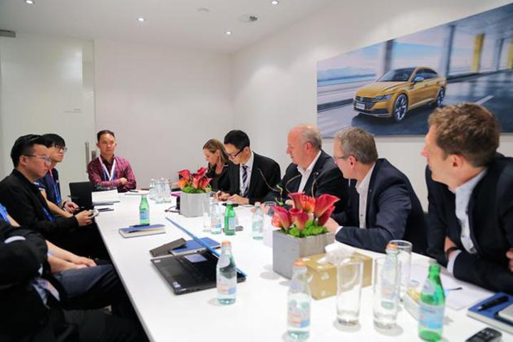 访大众汽车中国高层 2年内推10款新能源车