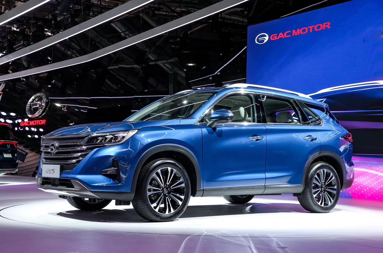 传祺一重磅SUV车型GS5亮相巴黎国际车展 预售12万起