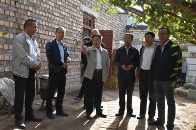 东风向柯坪县捐赠500万元扶贫资金