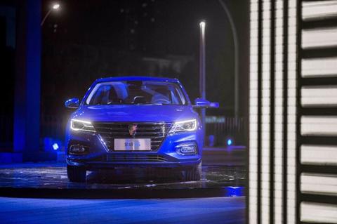 紧凑型家轿的高霸主 售5.99-10.69万元 荣威i5正式上市