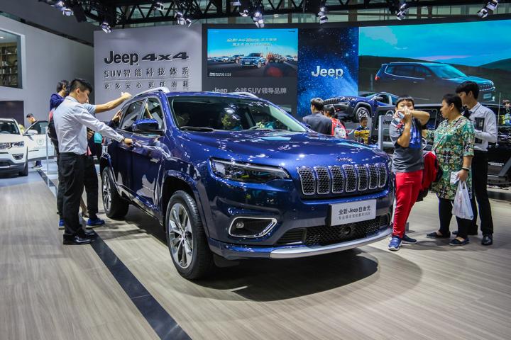 新款Jeep自由光即将上市,不到20万预售价值得入手吗?