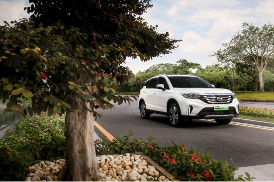 新能源汽车:春节想开车回家被限行?不存在的