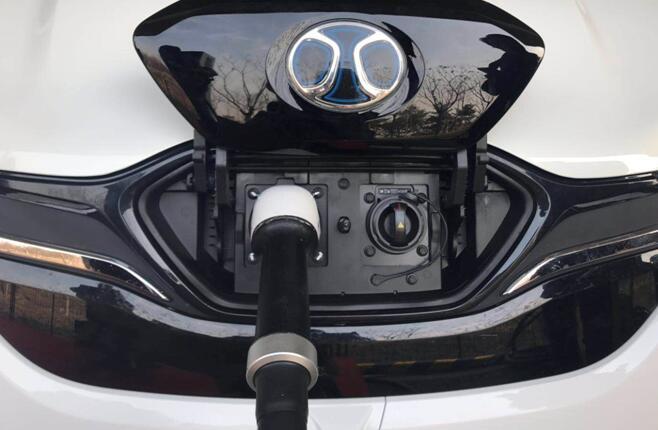 充电10分钟行驶300公里!北汽新能源超级快充通过测试