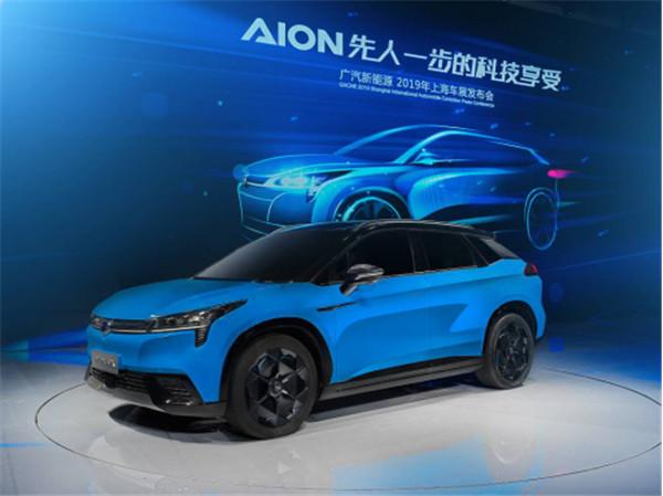与百万级超跑媲美,广汽新能源豪华智能超跑SUV Aion LX真的做到了!