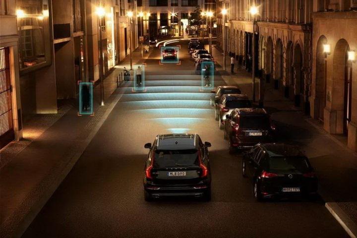 """细数汽车安全系统区别,30万带""""自动刹停""""的汽车哪些值得推荐?"""