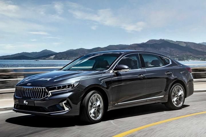 瞄准高端家轿市场,起亚新款K7海外正式亮相