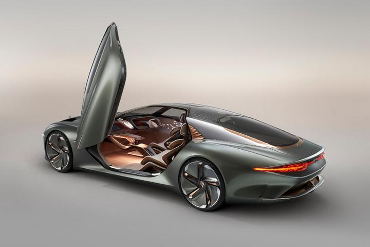 宾利EXP 100 GT概念车发布,水晶中网2.5s破百!