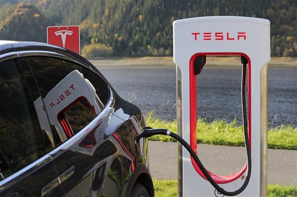 新能源车保值率持续下降:仅Model S夺冠
