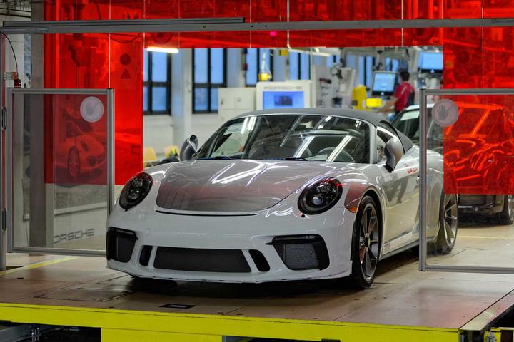 第七代保时捷911正式停产,8年销量突破23万