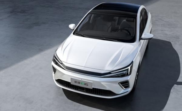 采用一体式全景天窗+高性能轮毂,2020年最值得期待的纯电家轿来了