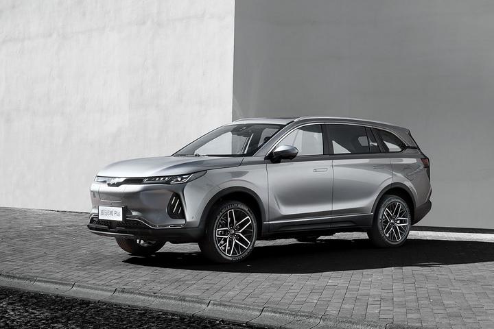 威马新增车型EX6 Plus正式上市,补贴后售价18.99万,续航里程高达408km