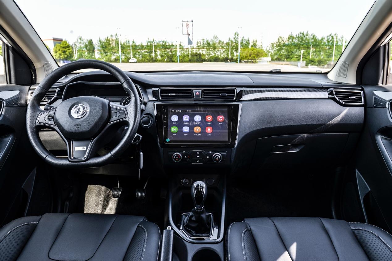 拼颜值/比配置/玩驾控,6万元级SUV竞争力分析