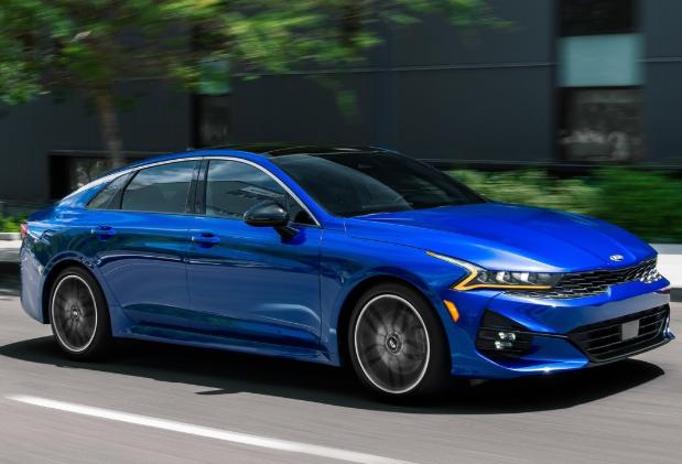 全新起亚K5 GT实车亮相,造型更激进,搭2.5T发动机