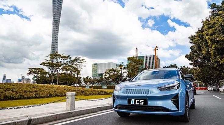 首推豪华都市版,全系标配智能车机,江淮iC5购车指南