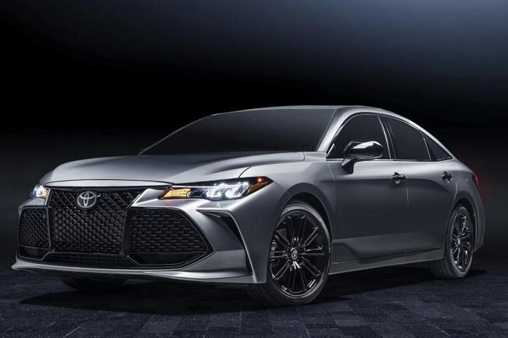 亚洲龙特别车型官图曝光,配全新黑色套件,造型更犀利