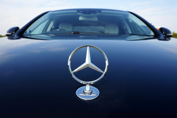 奔驰全新产品布局,新车CLE预计定位C级和E级之间