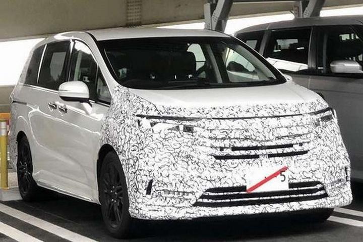 新款奥德赛谍照曝光,预计将引入幻夜版车型,油耗表现惊人