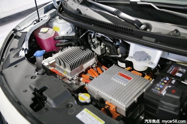 年轻人第一辆车,江淮iEV6E/欧拉黑猫/奇瑞eQ1怎么选?
